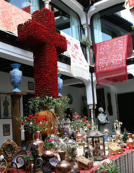 Shawls, Shrine And Cross