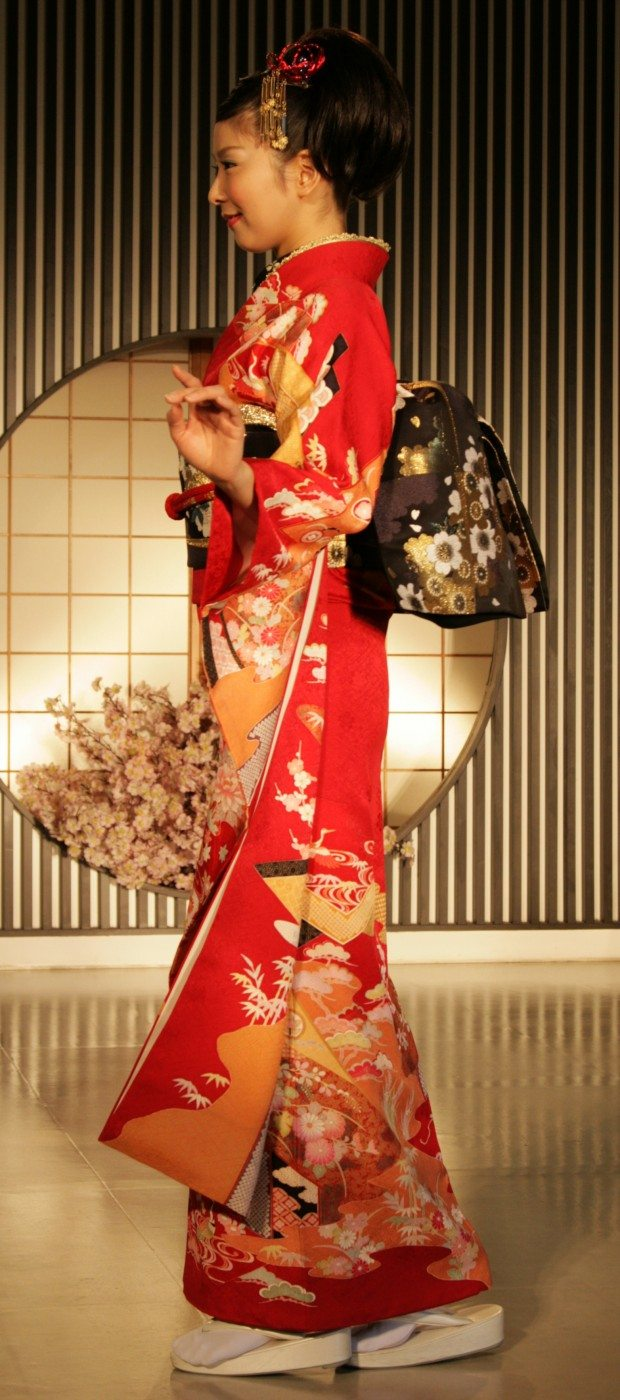 Fashion Show - Wedding in Red