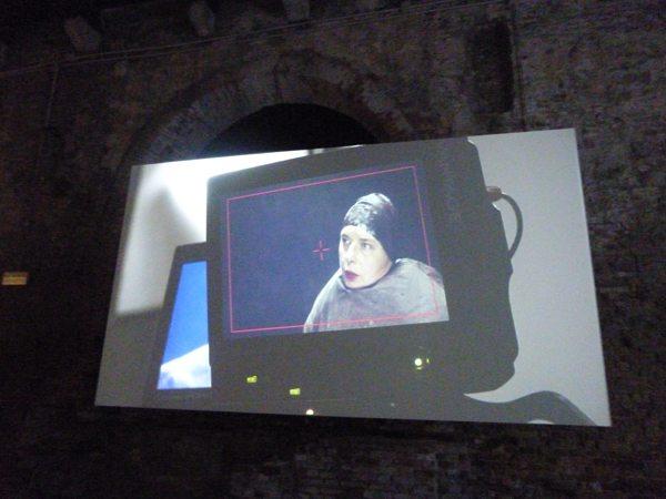 20 a Isabella Rosselinin in experimental film