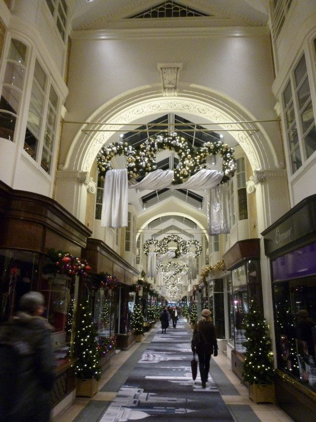 Christmas shopping in Regents Arcade