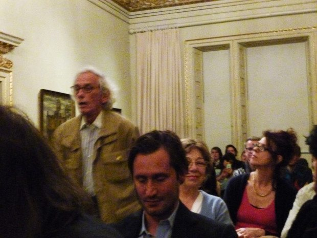 11christo and his audience at the R.A.